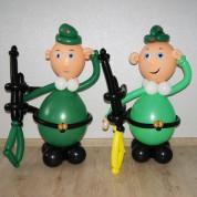 Солдат с автоматом - 85 см