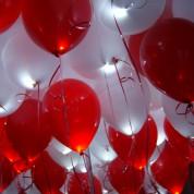 Белые + Красные светящиеся шары