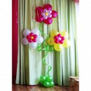 Цветок тройной из шаров с воздухом